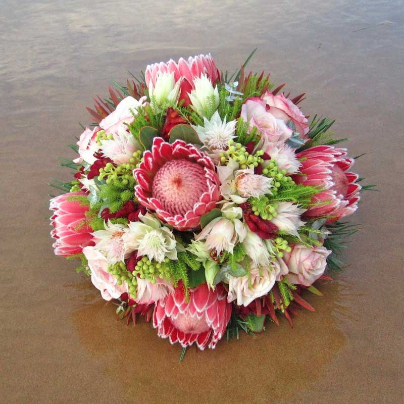 BOUQUET ~ Designer : Silvia Slosarova, Wildflowers Australia competition ~ Flowers : protea, serruria, berzelia, leucadendron