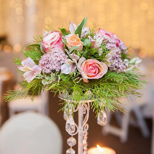 Floral centrepiece featuring Stenocarpus Forest Lace
